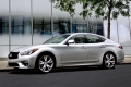 Infiniti покажет в Париже седан Q70 с дизелем Mercedes-Benz